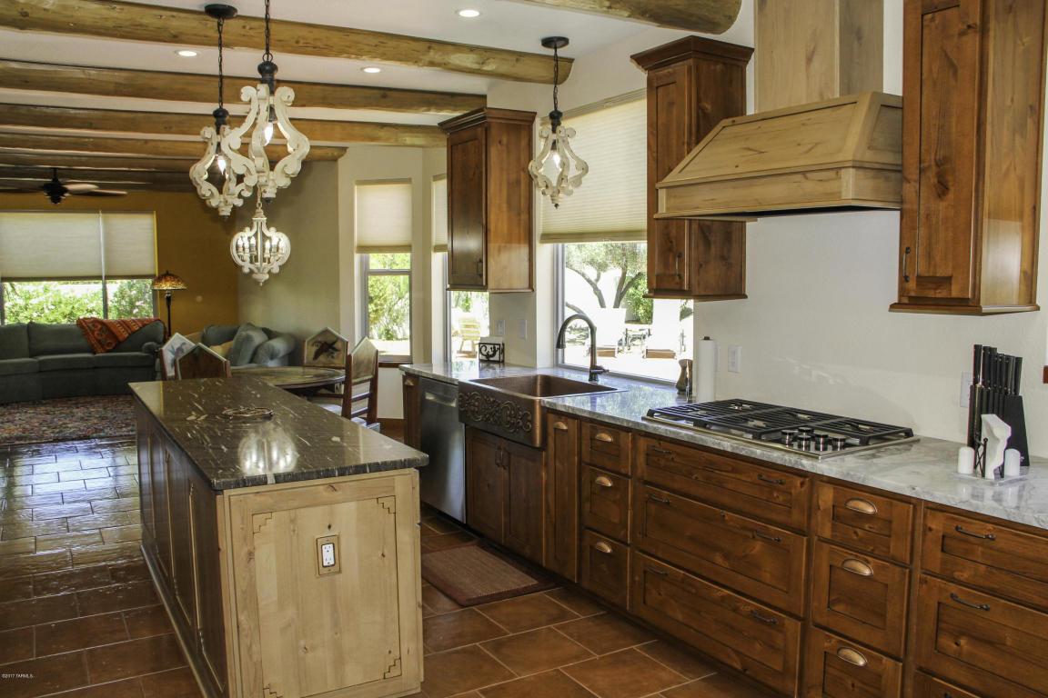 3829 S Bogie Ct SaddleBrooke kitchen